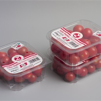 tomatoes - plastic tray with topseal